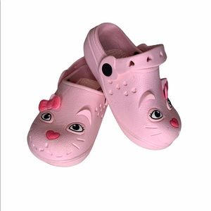 Other - Pink kitty croc style shoes. Girls size 6-7